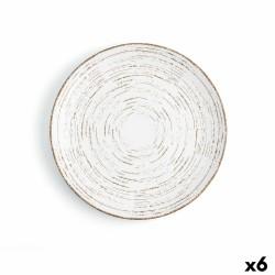 ramo de hierba en maceta de plástico